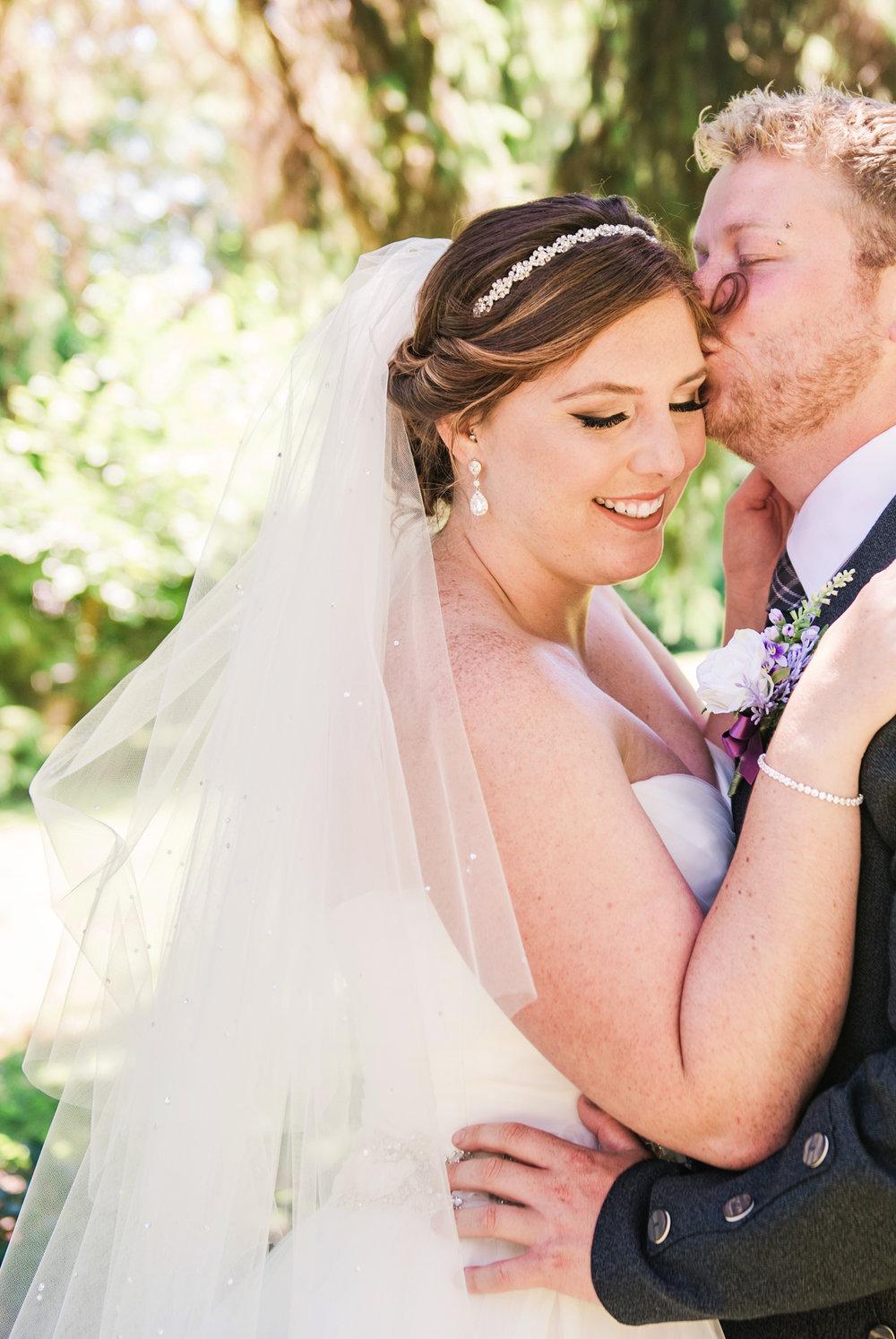 JILLSTUDIO_Club_86_Finger_Lakes_Wedding_Rochester_NY_Photographer_DSC_6947.jpg