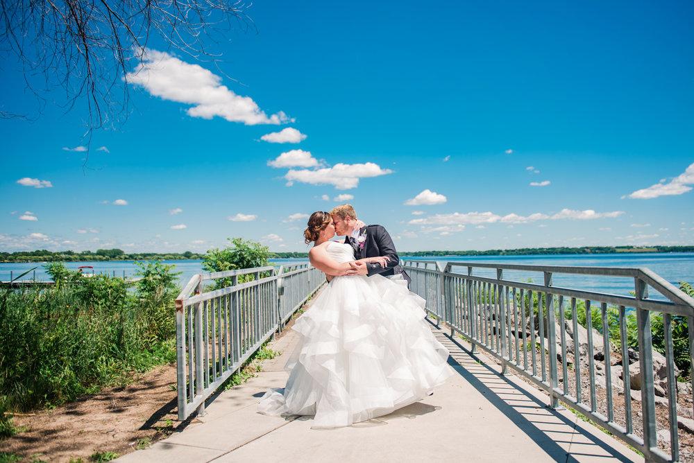 JILLSTUDIO_Club_86_Finger_Lakes_Wedding_Rochester_NY_Photographer_DSC_7084.jpg