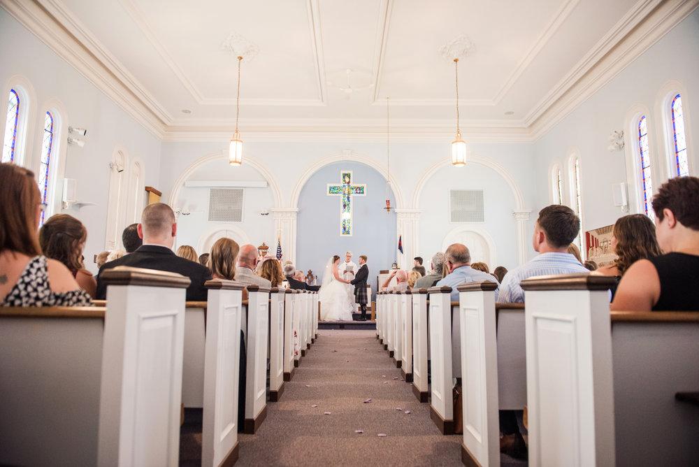 JILLSTUDIO_Club_86_Finger_Lakes_Wedding_Rochester_NY_Photographer_DSC_7226.jpg