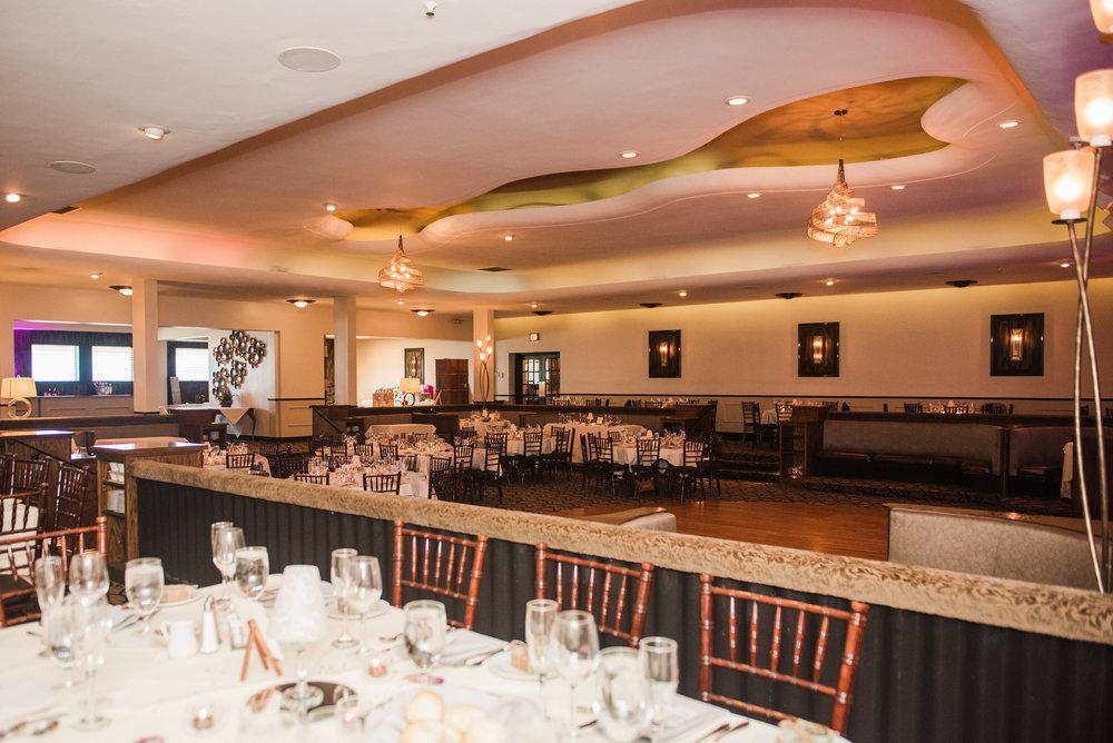 JILLSTUDIO_Club_86_Finger_Lakes_Wedding_Rochester_NY_Photographer_DSC_7458.jpg