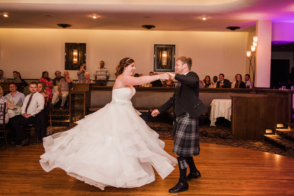 JILLSTUDIO_Club_86_Finger_Lakes_Wedding_Rochester_NY_Photographer_DSC_7512.jpg