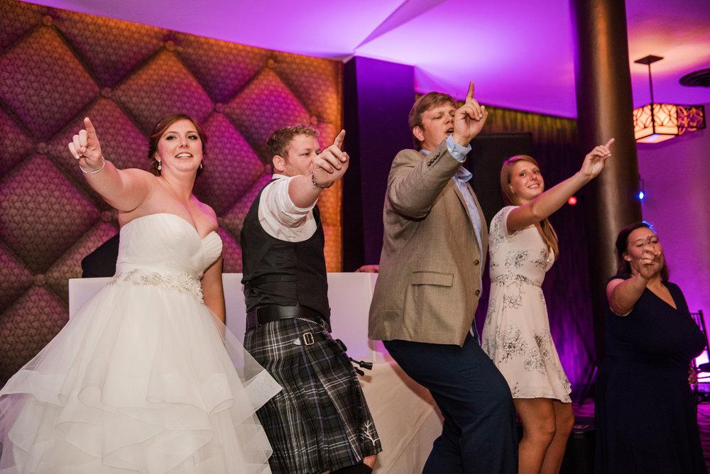 JILLSTUDIO_Club_86_Finger_Lakes_Wedding_Rochester_NY_Photographer_DSC_7702.jpg