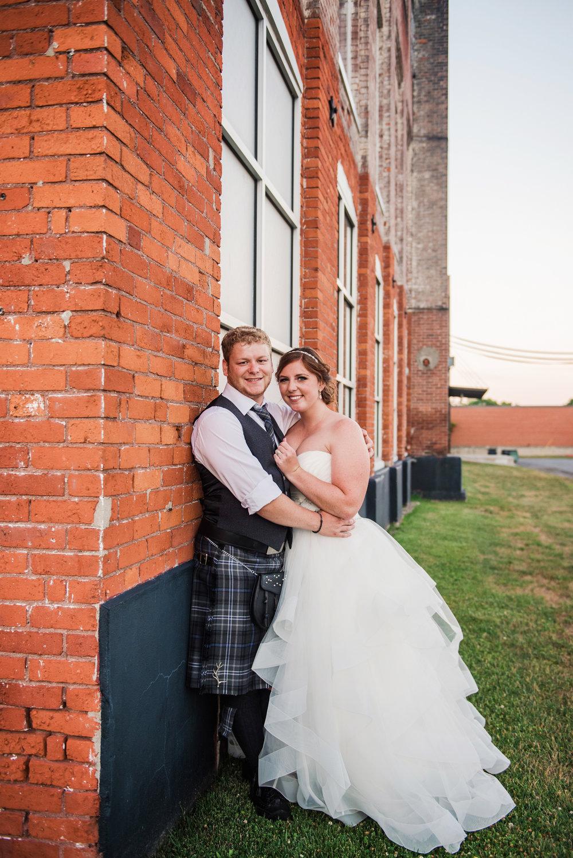 JILLSTUDIO_Club_86_Finger_Lakes_Wedding_Rochester_NY_Photographer_DSC_7760.jpg