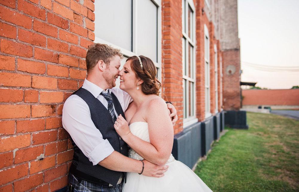 JILLSTUDIO_Club_86_Finger_Lakes_Wedding_Rochester_NY_Photographer_DSC_7764.jpg