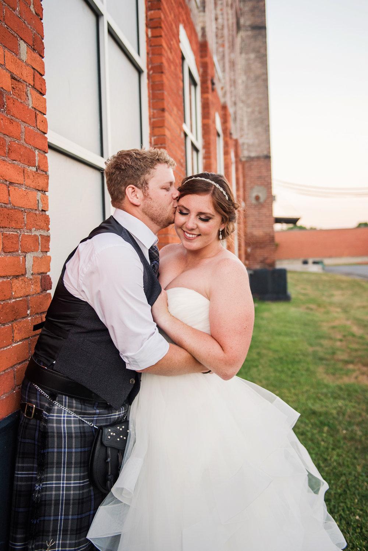 JILLSTUDIO_Club_86_Finger_Lakes_Wedding_Rochester_NY_Photographer_DSC_7772.jpg