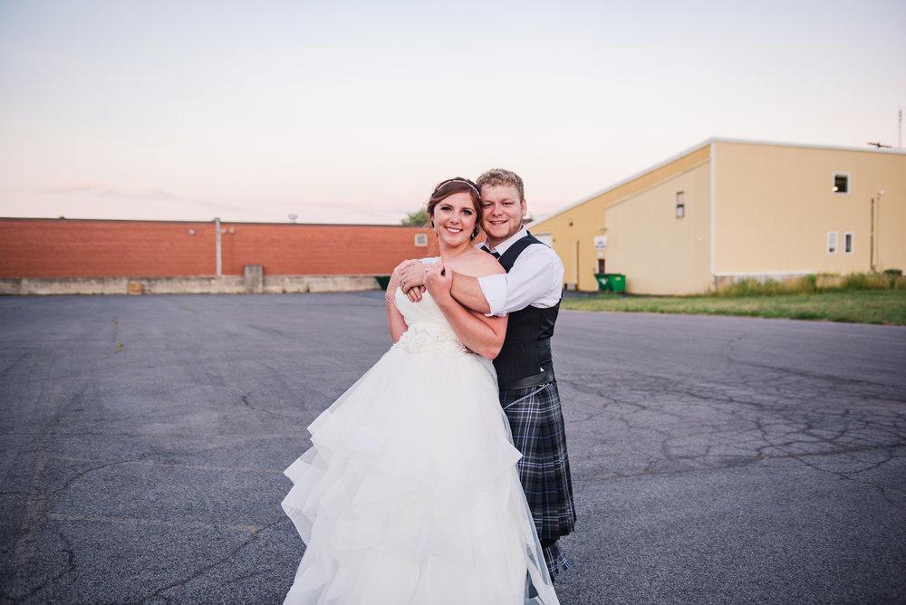 JILLSTUDIO_Club_86_Finger_Lakes_Wedding_Rochester_NY_Photographer_DSC_7787.jpg