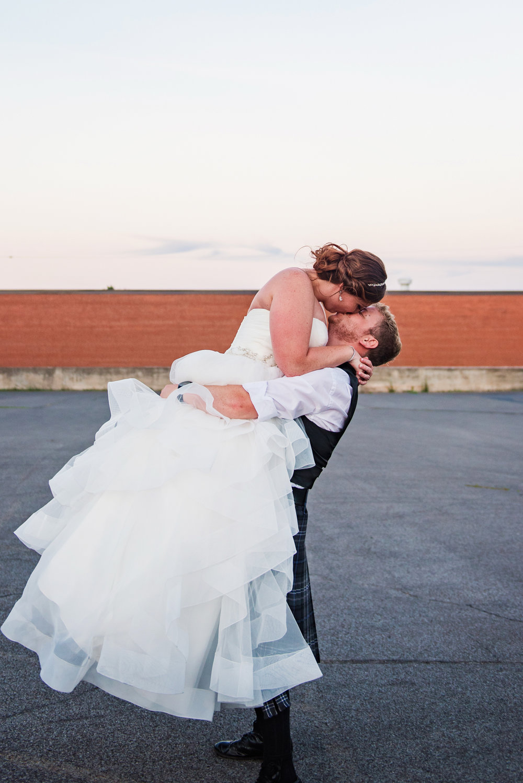 JILLSTUDIO_Club_86_Finger_Lakes_Wedding_Rochester_NY_Photographer_DSC_7806.jpg