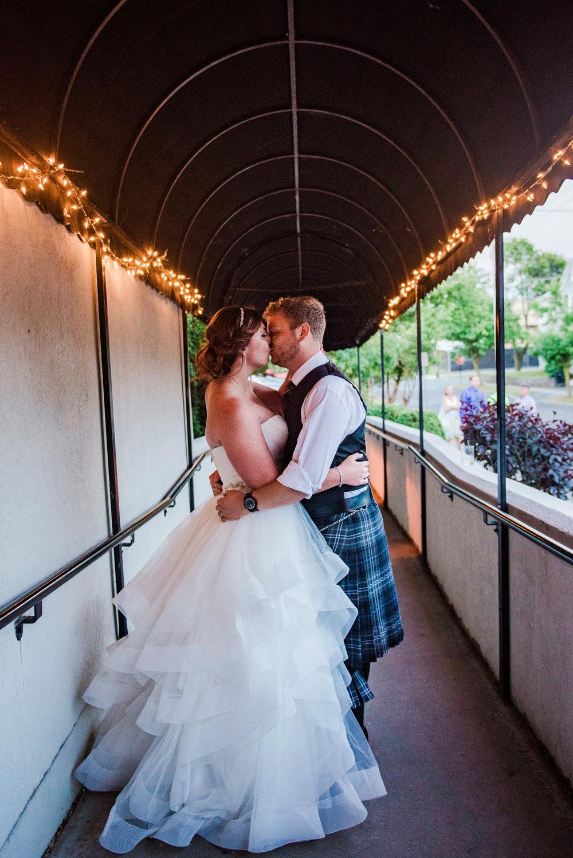 JILLSTUDIO_Club_86_Finger_Lakes_Wedding_Rochester_NY_Photographer_DSC_7809.jpg