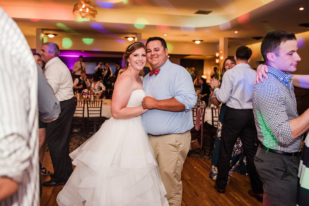 JILLSTUDIO_Club_86_Finger_Lakes_Wedding_Rochester_NY_Photographer_DSC_7870.jpg