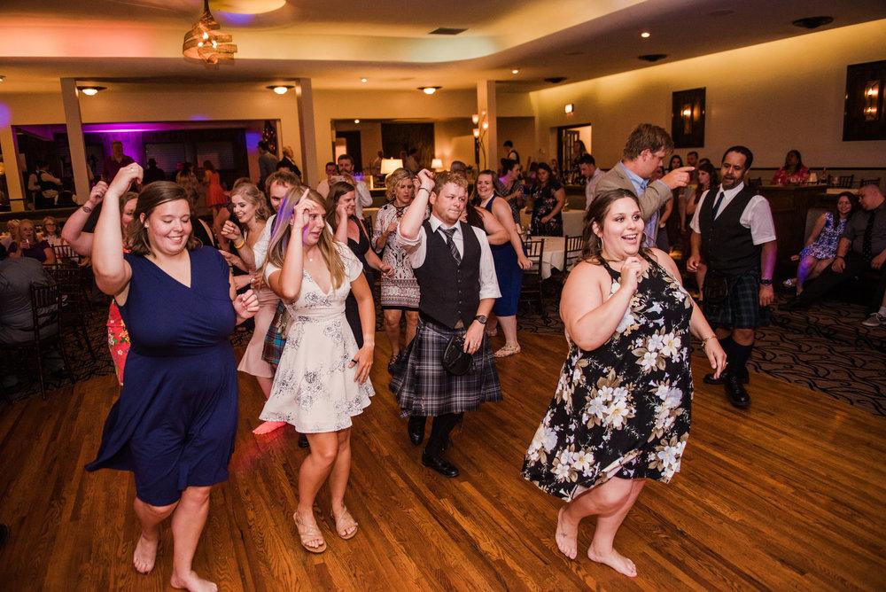 JILLSTUDIO_Club_86_Finger_Lakes_Wedding_Rochester_NY_Photographer_DSC_7900.jpg