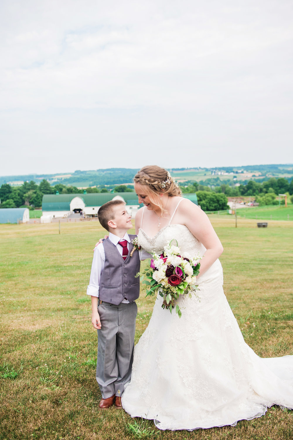 JILLSTUDIO_MKJ_Farms_Central_NY_Wedding_Rochester_NY_Photographer_DSC_8340.jpg