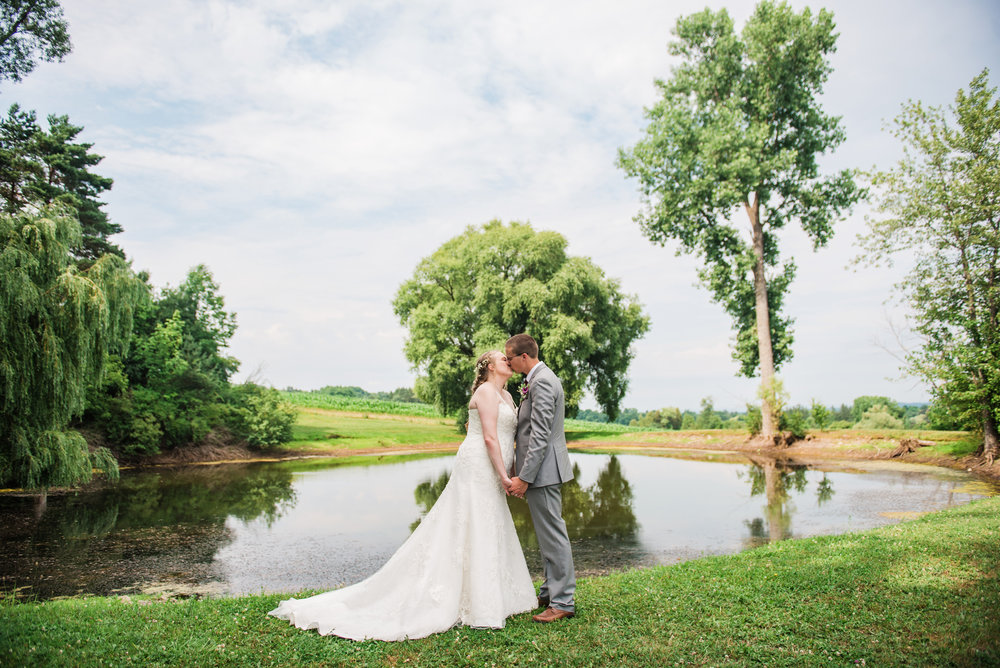 JILLSTUDIO_MKJ_Farms_Central_NY_Wedding_Rochester_NY_Photographer_DSC_8440.jpg