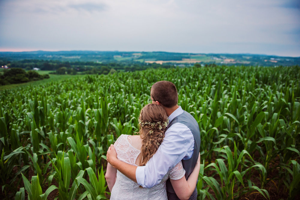 JILLSTUDIO_MKJ_Farms_Central_NY_Wedding_Rochester_NY_Photographer_DSC_8958.jpg