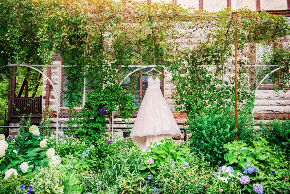 JILLSTUDIO_Sonnenberg_Gardens_Finger_Lakes_Wedding_Rochester_NY_Photographer_143509.jpg