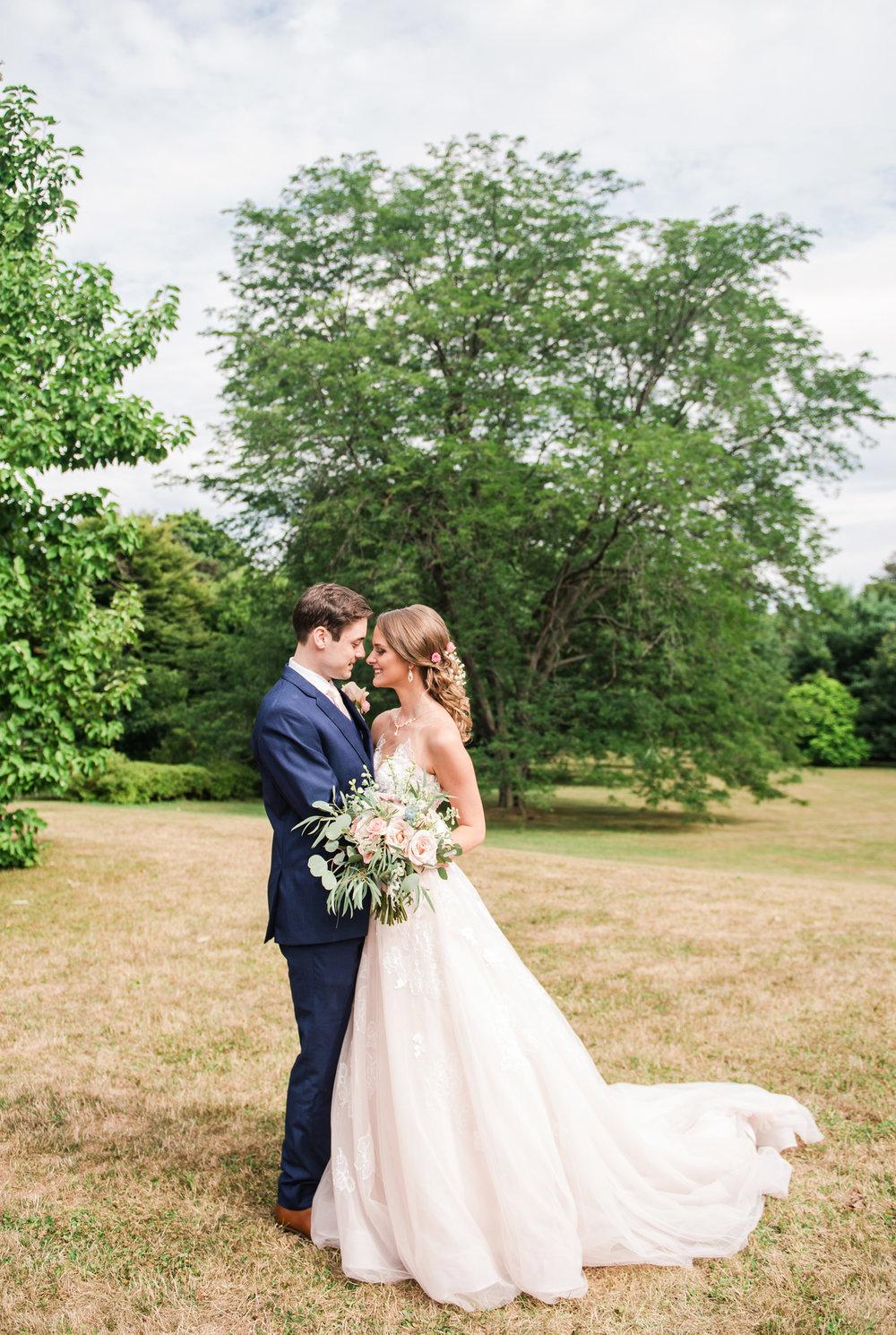 JILLSTUDIO_Sonnenberg_Gardens_Finger_Lakes_Wedding_Rochester_NY_Photographer_162930.jpg