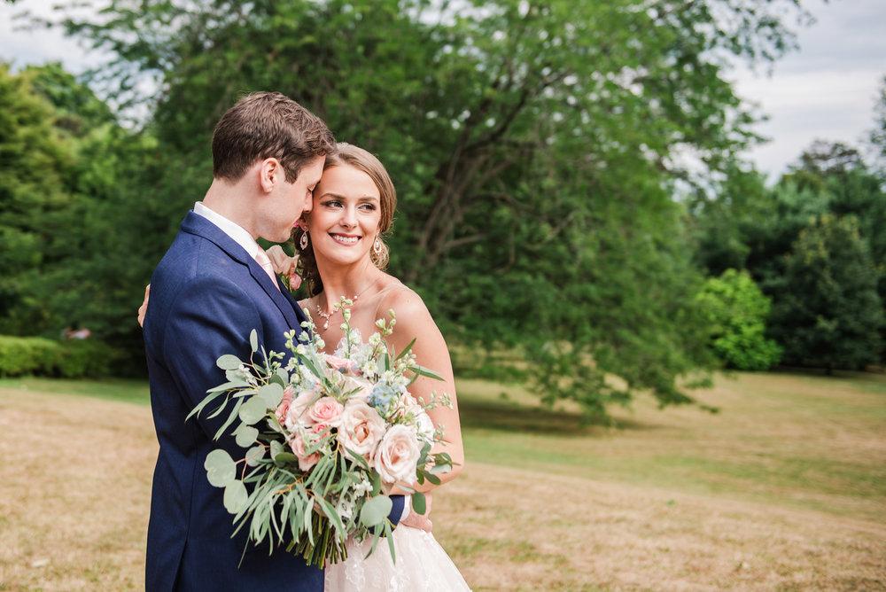 JILLSTUDIO_Sonnenberg_Gardens_Finger_Lakes_Wedding_Rochester_NY_Photographer_162948.jpg