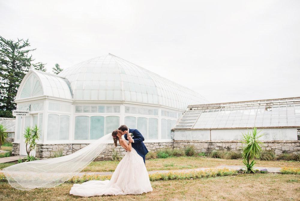 JILLSTUDIO_Sonnenberg_Gardens_Finger_Lakes_Wedding_Rochester_NY_Photographer_180954.jpg