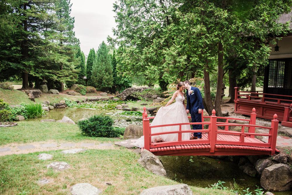 JILLSTUDIO_Sonnenberg_Gardens_Finger_Lakes_Wedding_Rochester_NY_Photographer_181751.jpg