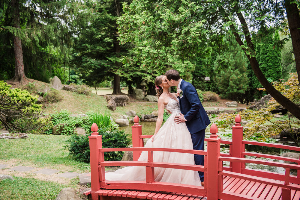 JILLSTUDIO_Sonnenberg_Gardens_Finger_Lakes_Wedding_Rochester_NY_Photographer_181805.jpg
