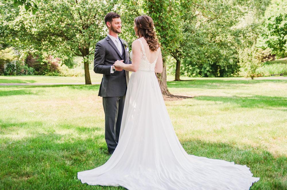 Jerris_Wadsworth_Wedding_Barn_Rochester_Wedding_JILL_STUDIO_Rochester_NY_Photographer_DSC_2281.jpg