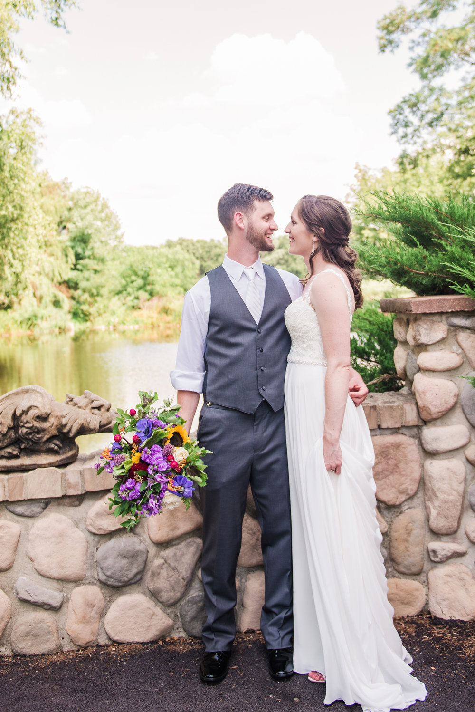 Jerris_Wadsworth_Wedding_Barn_Rochester_Wedding_JILL_STUDIO_Rochester_NY_Photographer_DSC_2473.jpg