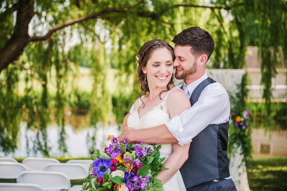 Jerris_Wadsworth_Wedding_Barn_Rochester_Wedding_JILL_STUDIO_Rochester_NY_Photographer_DSC_2504.jpg
