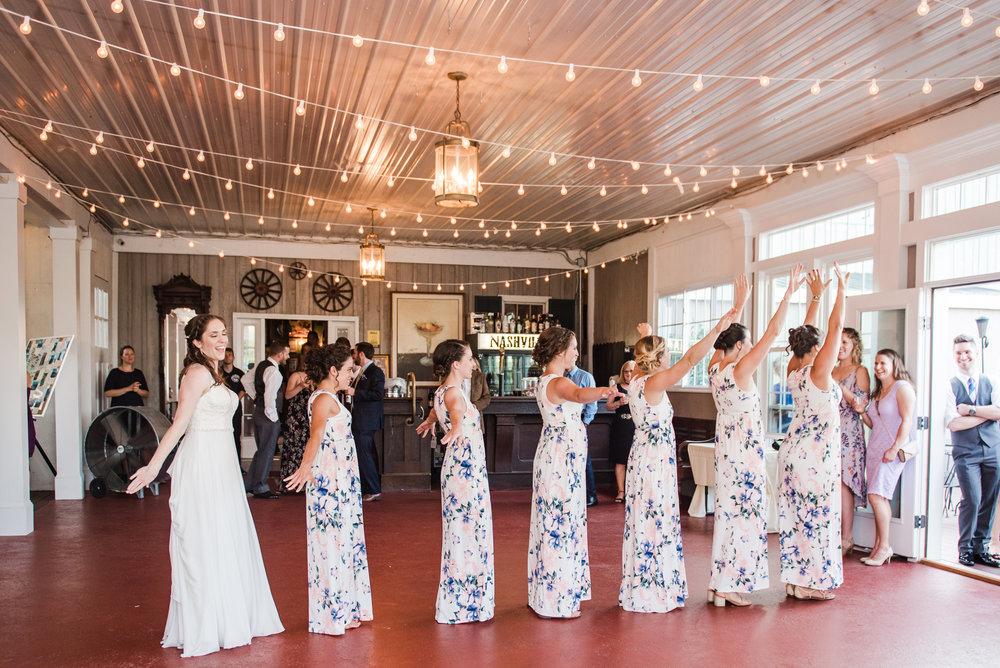 Jerris_Wadsworth_Wedding_Barn_Rochester_Wedding_JILL_STUDIO_Rochester_NY_Photographer_DSC_2935.jpg