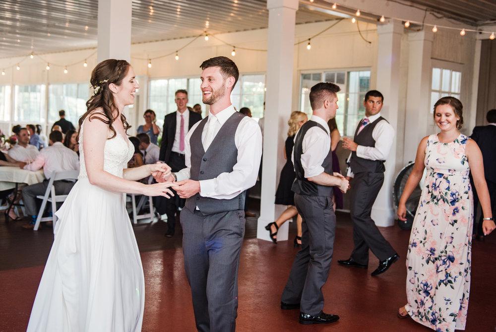 Jerris_Wadsworth_Wedding_Barn_Rochester_Wedding_JILL_STUDIO_Rochester_NY_Photographer_DSC_2942.jpg