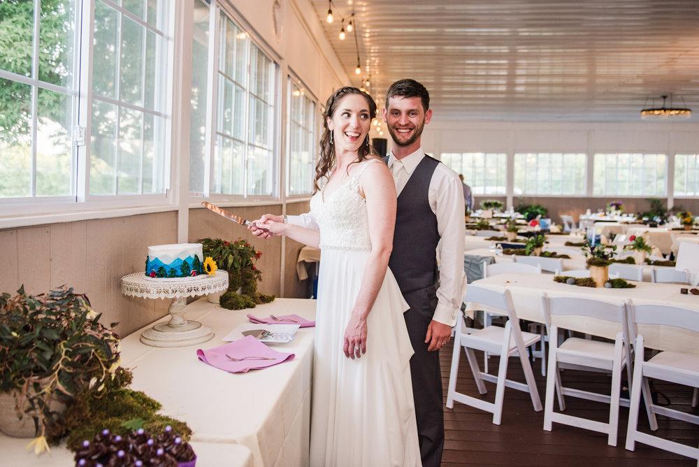 Jerris_Wadsworth_Wedding_Barn_Rochester_Wedding_JILL_STUDIO_Rochester_NY_Photographer_DSC_2997.jpg