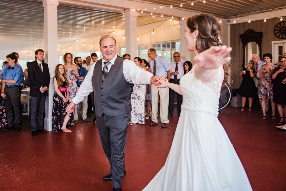 Jerris_Wadsworth_Wedding_Barn_Rochester_Wedding_JILL_STUDIO_Rochester_NY_Photographer_DSC_3020.jpg