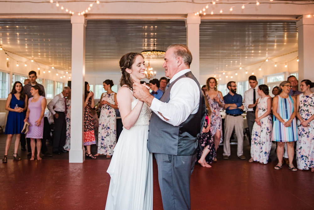 Jerris_Wadsworth_Wedding_Barn_Rochester_Wedding_JILL_STUDIO_Rochester_NY_Photographer_DSC_3022.jpg