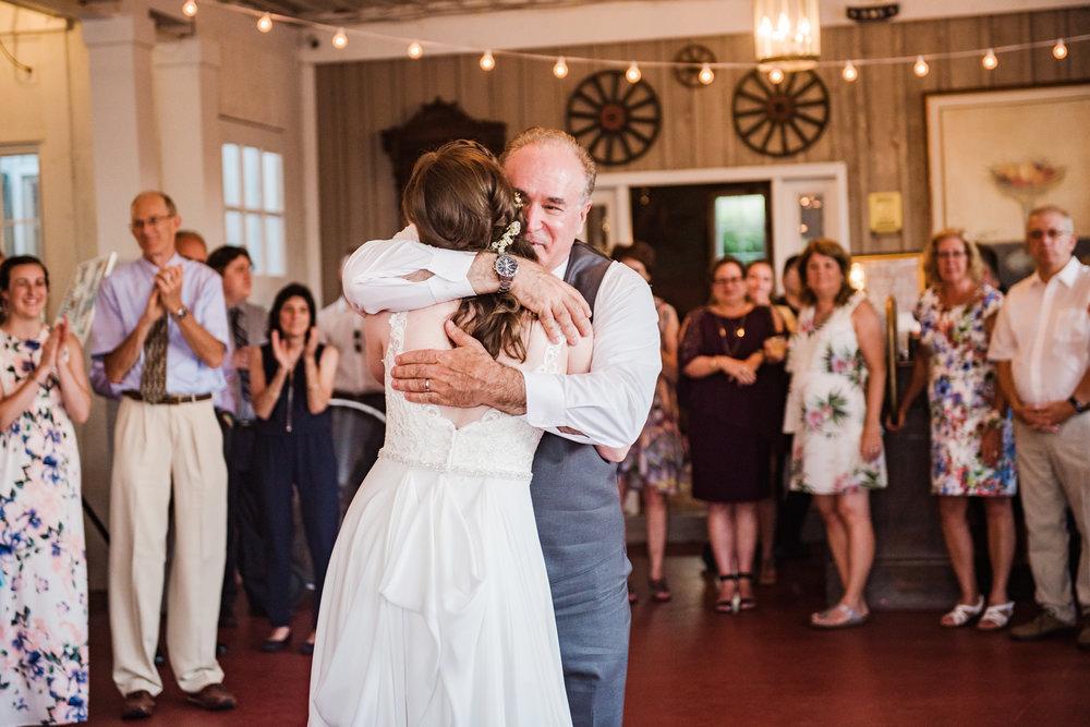 Jerris_Wadsworth_Wedding_Barn_Rochester_Wedding_JILL_STUDIO_Rochester_NY_Photographer_DSC_3026.jpg