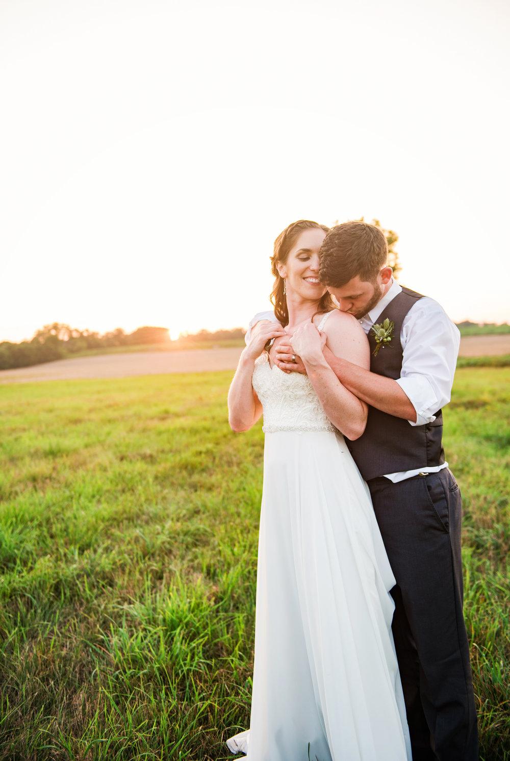 Jerris_Wadsworth_Wedding_Barn_Rochester_Wedding_JILL_STUDIO_Rochester_NY_Photographer_DSC_3101.jpg