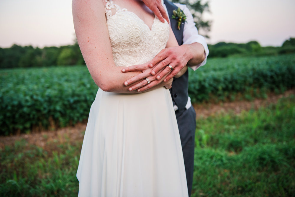 Jerris_Wadsworth_Wedding_Barn_Rochester_Wedding_JILL_STUDIO_Rochester_NY_Photographer_DSC_3153.jpg