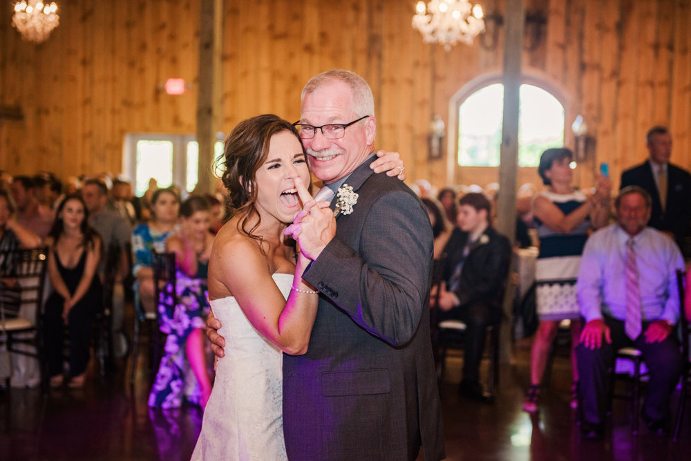 Wolf_Oak_Acres_Central_NY_Wedding_JILL_STUDIO_Rochester_NY_Photographer_DSC_5589.jpg