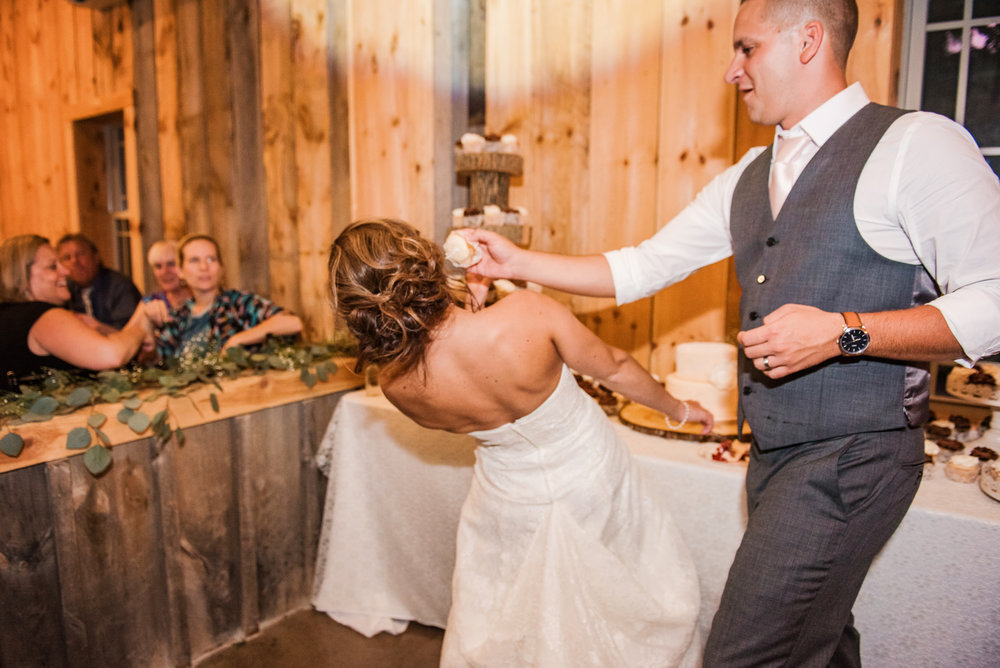 Wolf_Oak_Acres_Central_NY_Wedding_JILL_STUDIO_Rochester_NY_Photographer_DSC_5916.jpg