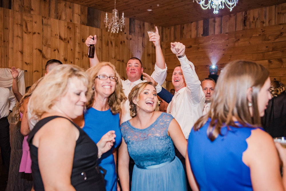 Wolf_Oak_Acres_Central_NY_Wedding_JILL_STUDIO_Rochester_NY_Photographer_DSC_5920.jpg