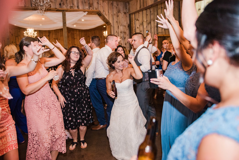 Wolf_Oak_Acres_Central_NY_Wedding_JILL_STUDIO_Rochester_NY_Photographer_DSC_5947.jpg