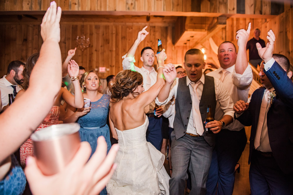 Wolf_Oak_Acres_Central_NY_Wedding_JILL_STUDIO_Rochester_NY_Photographer_DSC_5986.jpg