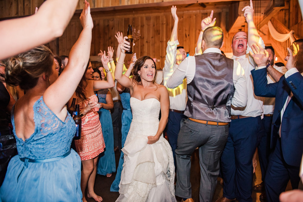 Wolf_Oak_Acres_Central_NY_Wedding_JILL_STUDIO_Rochester_NY_Photographer_DSC_5987.jpg