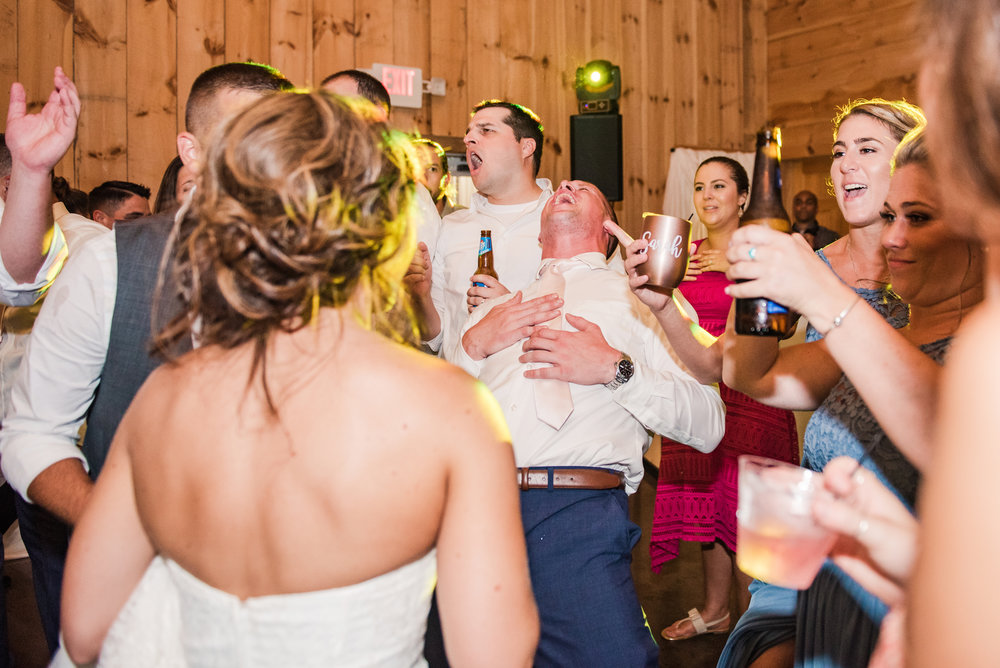 Wolf_Oak_Acres_Central_NY_Wedding_JILL_STUDIO_Rochester_NY_Photographer_DSC_5994.jpg