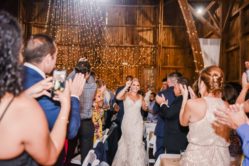 Cobblestone_Wedding_Barn_Rochester_Wedding_JILL_STUDIO_Rochester_NY_Photographer_DSC_7687.jpg
