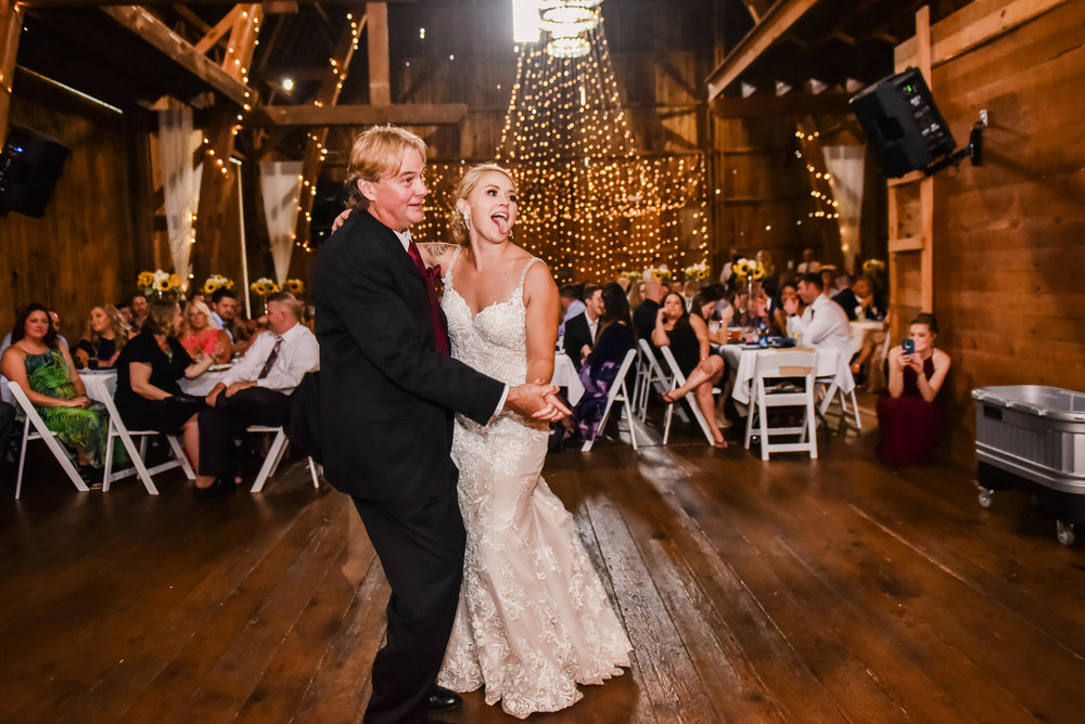 Cobblestone_Wedding_Barn_Rochester_Wedding_JILL_STUDIO_Rochester_NY_Photographer_DSC_7799.jpg