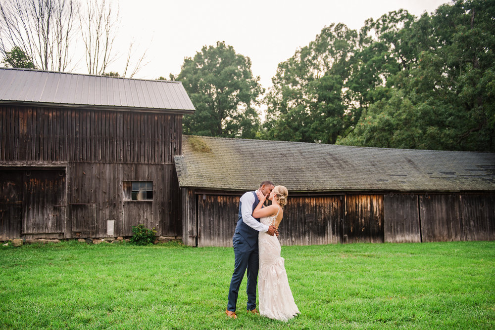 Cobblestone_Wedding_Barn_Rochester_Wedding_JILL_STUDIO_Rochester_NY_Photographer_DSC_7900.jpg