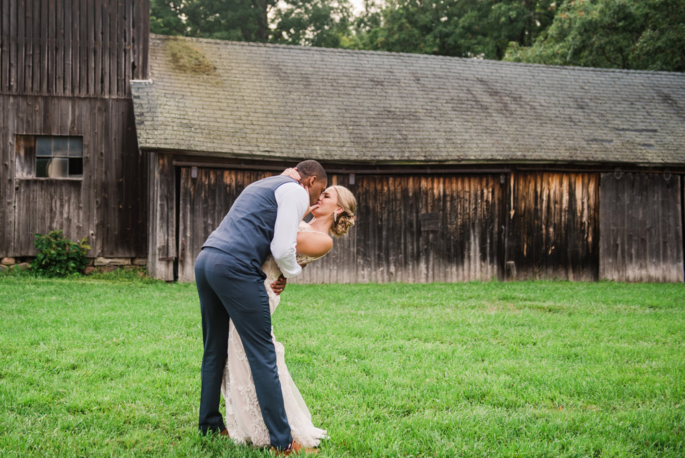 Cobblestone_Wedding_Barn_Rochester_Wedding_JILL_STUDIO_Rochester_NY_Photographer_DSC_7903.jpg