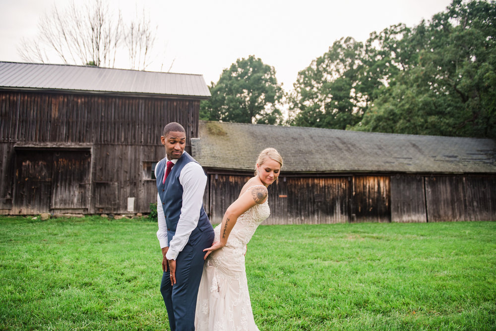 Cobblestone_Wedding_Barn_Rochester_Wedding_JILL_STUDIO_Rochester_NY_Photographer_DSC_7905.jpg