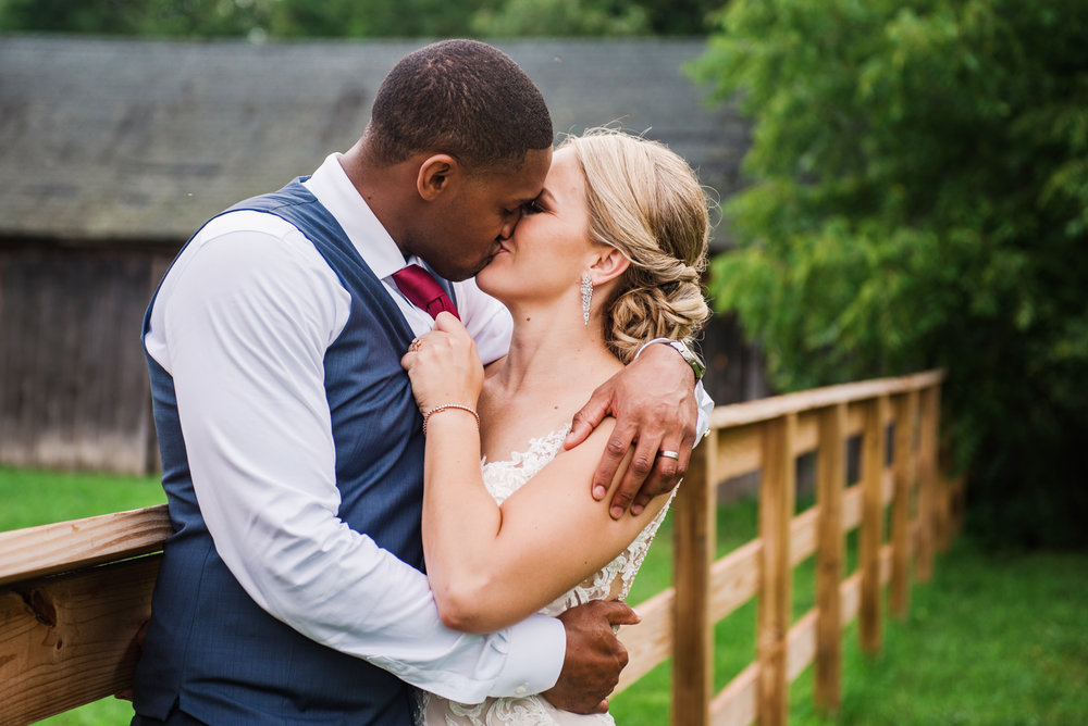 Cobblestone_Wedding_Barn_Rochester_Wedding_JILL_STUDIO_Rochester_NY_Photographer_DSC_7938.jpg