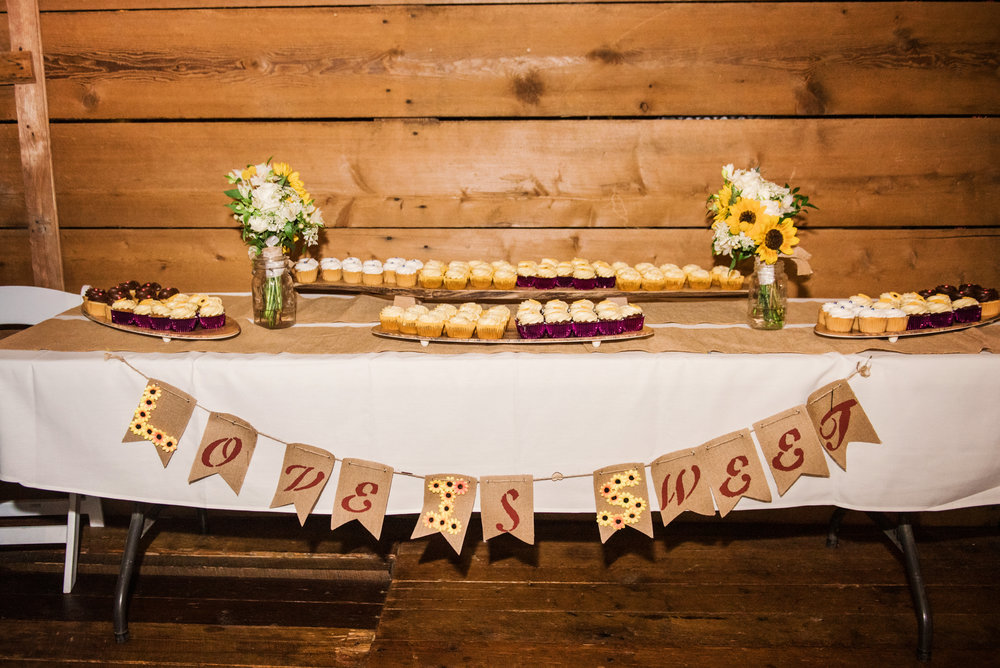 Cobblestone_Wedding_Barn_Rochester_Wedding_JILL_STUDIO_Rochester_NY_Photographer_DSC_8108.jpg