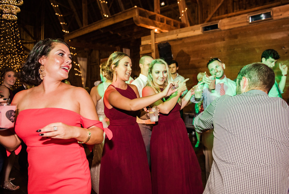 Cobblestone_Wedding_Barn_Rochester_Wedding_JILL_STUDIO_Rochester_NY_Photographer_DSC_8124.jpg