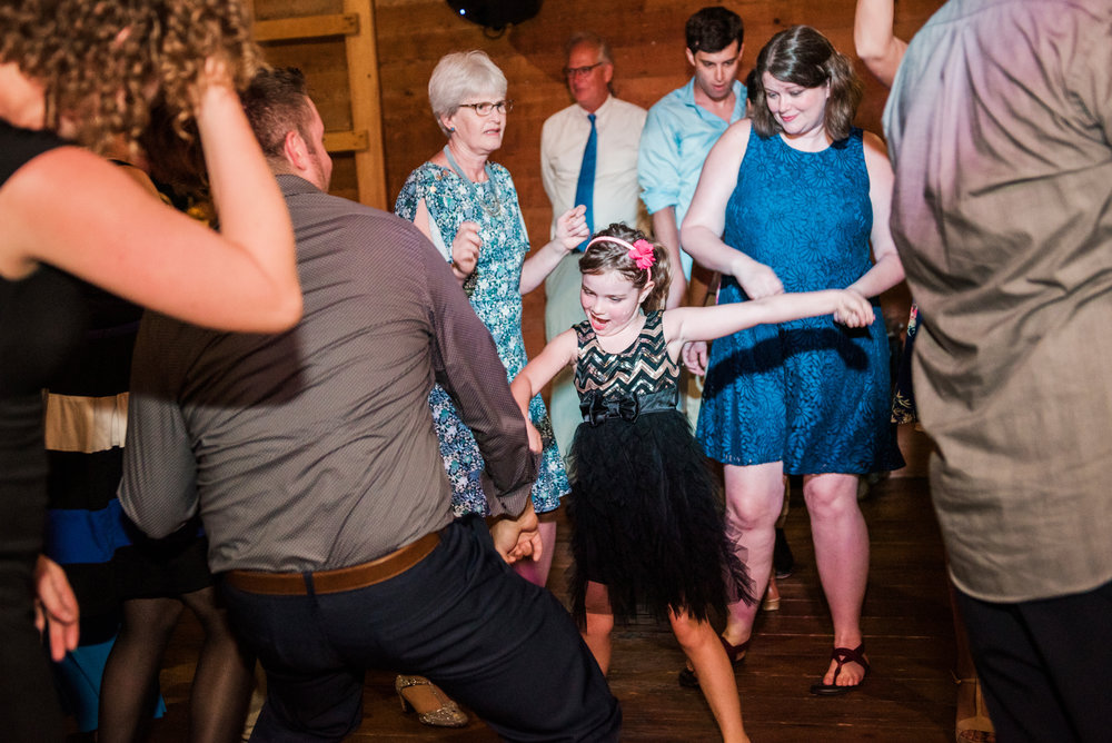 Cobblestone_Wedding_Barn_Rochester_Wedding_JILL_STUDIO_Rochester_NY_Photographer_DSC_8164.jpg